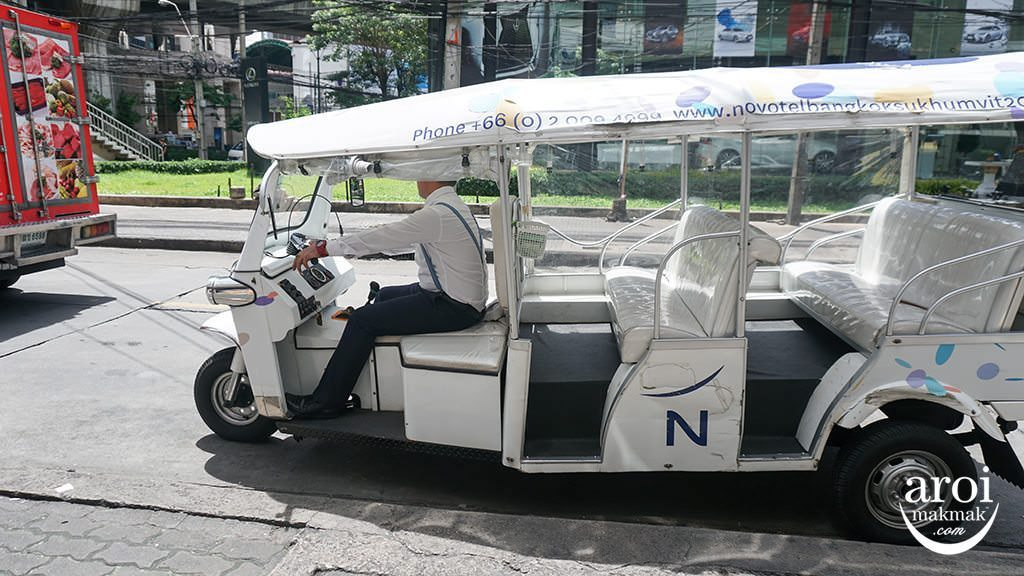 NovotelBangkokSukhumvit20-TukTuk