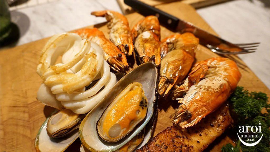 escapekhaoyai_bbq_seafood