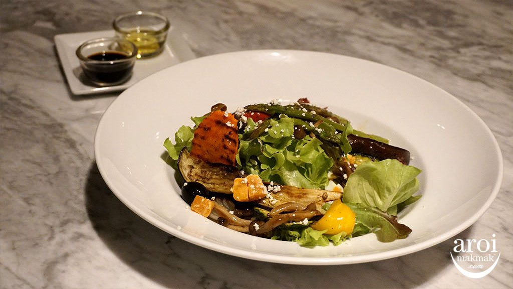 escapekhaoyai_greenoakbistro_escapesalad