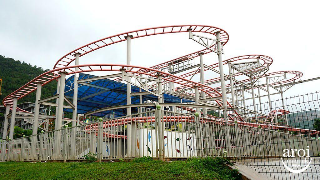 scenicalworld_rollercoaster