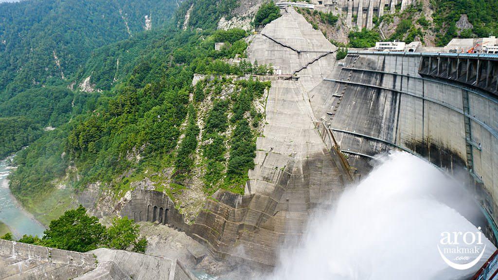 toyama_TateyamaKurobeAlpineRoute-dam