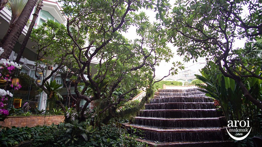 dusitthanibangkok-garden1