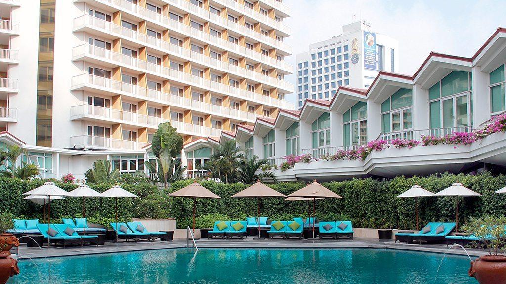 dusitthanibangkok-swimmingpool