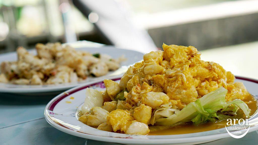 nhongrimklong-foodbesidecanal