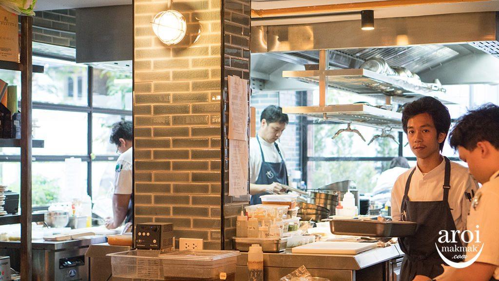freebirdbangkok-kitchen