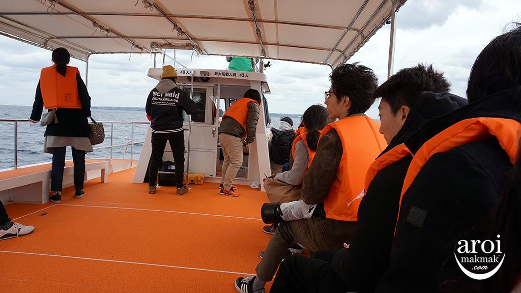 okinawa-whalewatching2