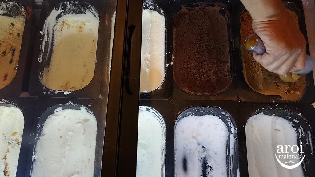 gussdamngoodshake-icecream