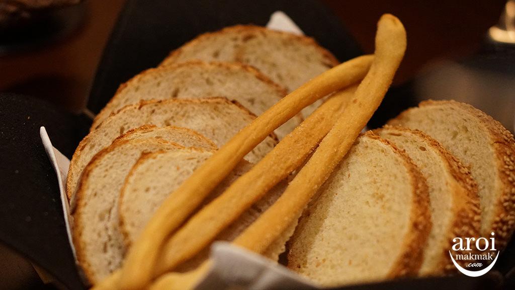 lascala-bread