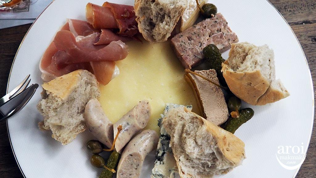 karmakametdiner-cheese