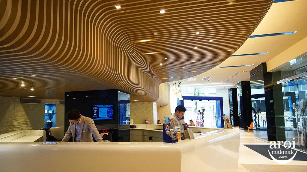 ozowesleyhongkong-lobby