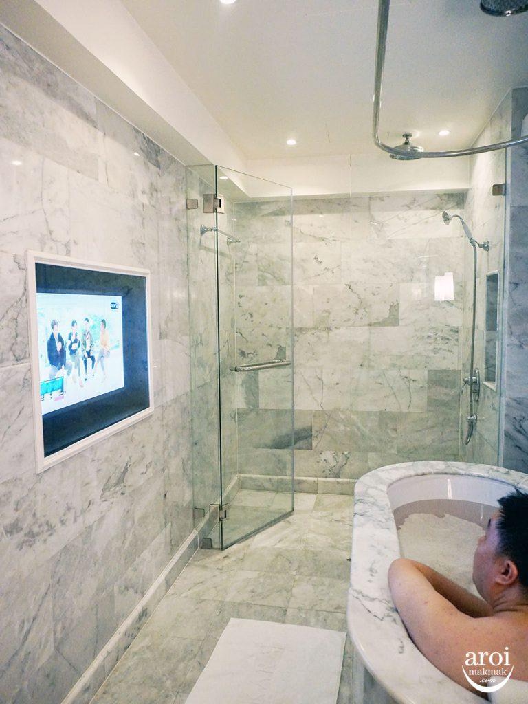 akarabangkok-bathtub1