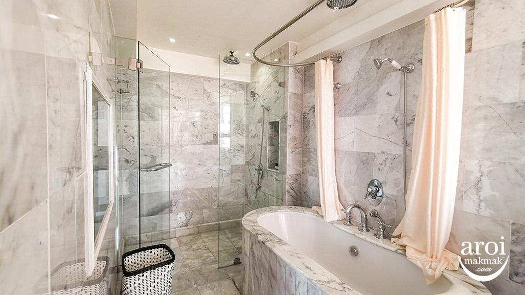 akarabangkok-bathtub2
