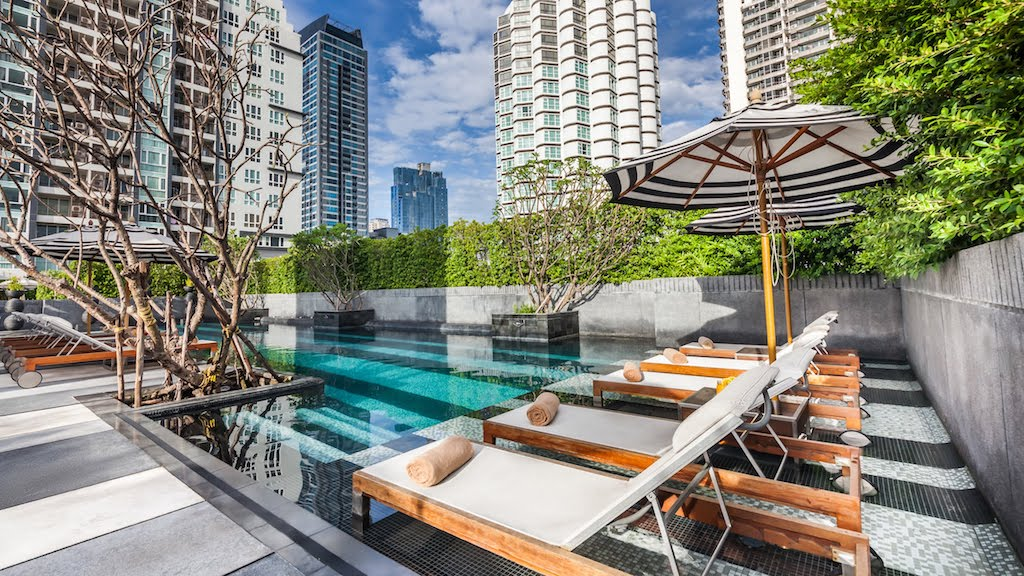 movenpicksukhumvit15-swimmingpool