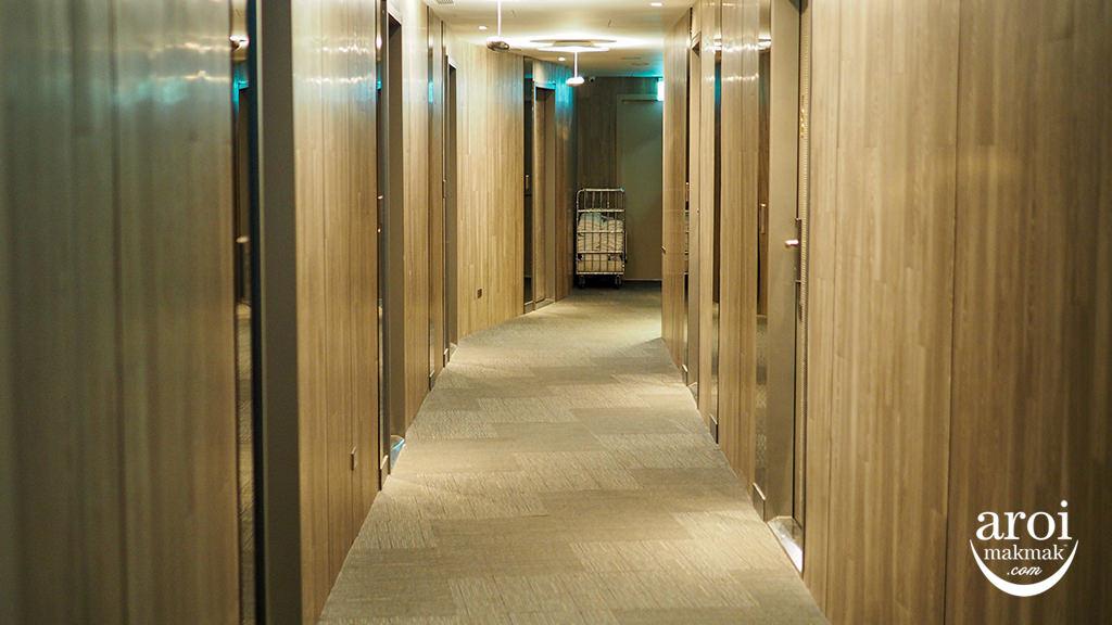 newcaliforniahoteltaipei-hallway